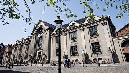 AFVIST: Dansk Folkeparti afviser blankt Københavns Universitets forslag om en taskforce, som hurtigt kan hjælpe flygtninge i gang med uddannelse eller arbejde.