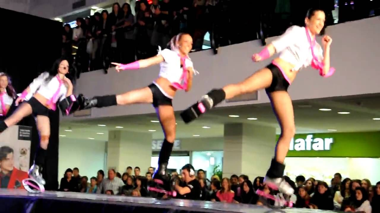 Presentación de Baile con Kangoo Jumpers en centro comercial. ¡A brincar, a…