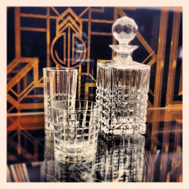 The Great Gatsby (2013)   World of Gatsby on display at Tiffany & Co.'s New York flagship. Tiffany provided gone accessories for the film.
