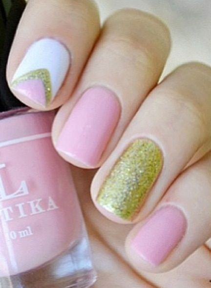 Pretty collaboration of colours baby pink and gold nail art pretty collaboration of colours baby pink and gold nail art style prinsesfo Choice Image