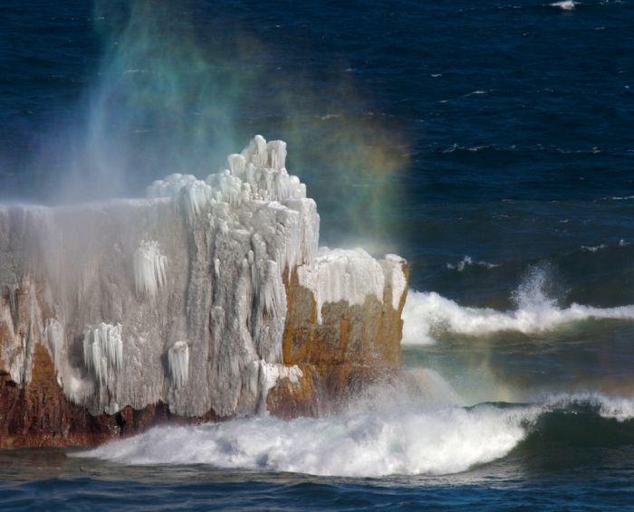 superior minnesota | ... & Epic Waves » Rainbow spray Lake Superior Lake Co MN IMG_0001982