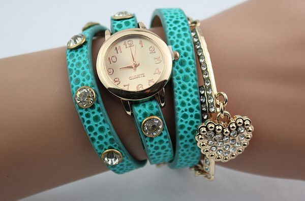 Heart pendant bracelet style quartz wristwatch for women