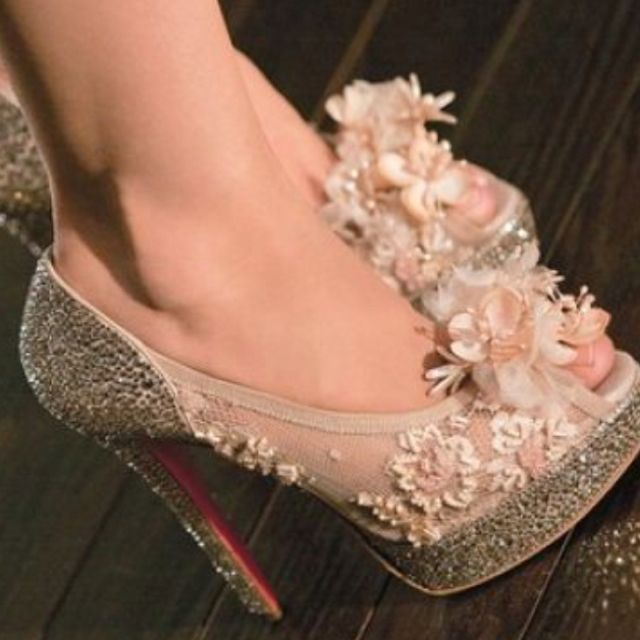 50d8eaeade0 Shoes from burlesque ! CHRISTIAN LOUBOUTIN  3 3 3