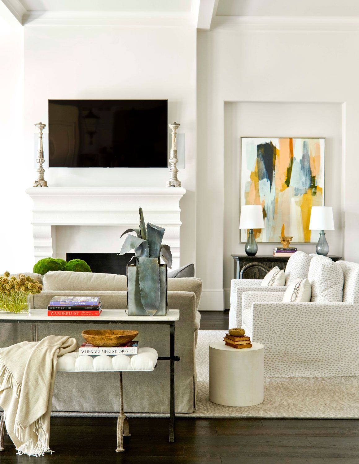 Soothing Houston Home | Center stage, Traditional and Living rooms