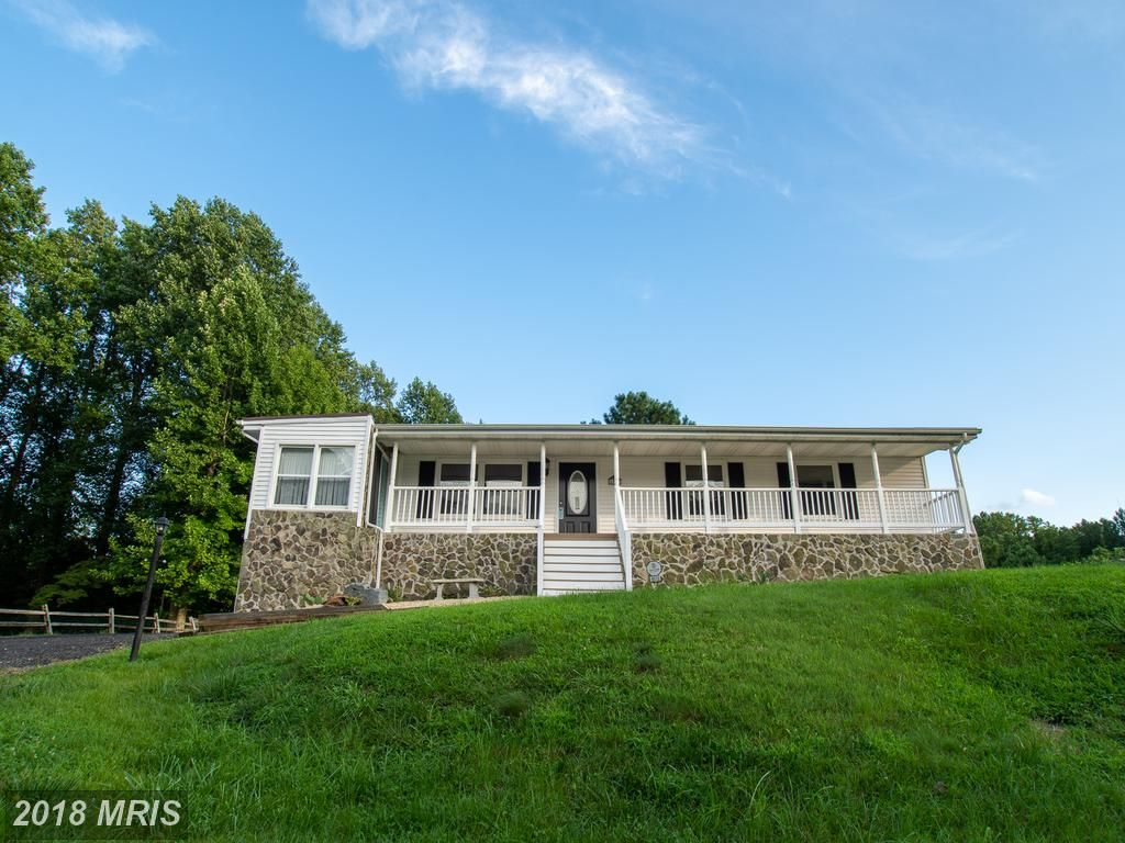 Just Two Minutes From Water Access 4015 Cassell Boulevard Prince Frederick Md 20678 Somdrealestatenetwork Co Real Estate Listings House Styles Real Estate