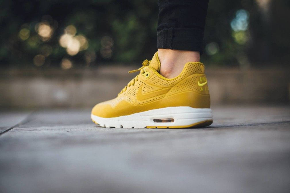 nike air max jaune moutarde