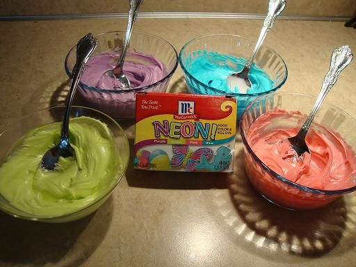 Try McCormick NEON food coloring to get them bright colors. I love ...