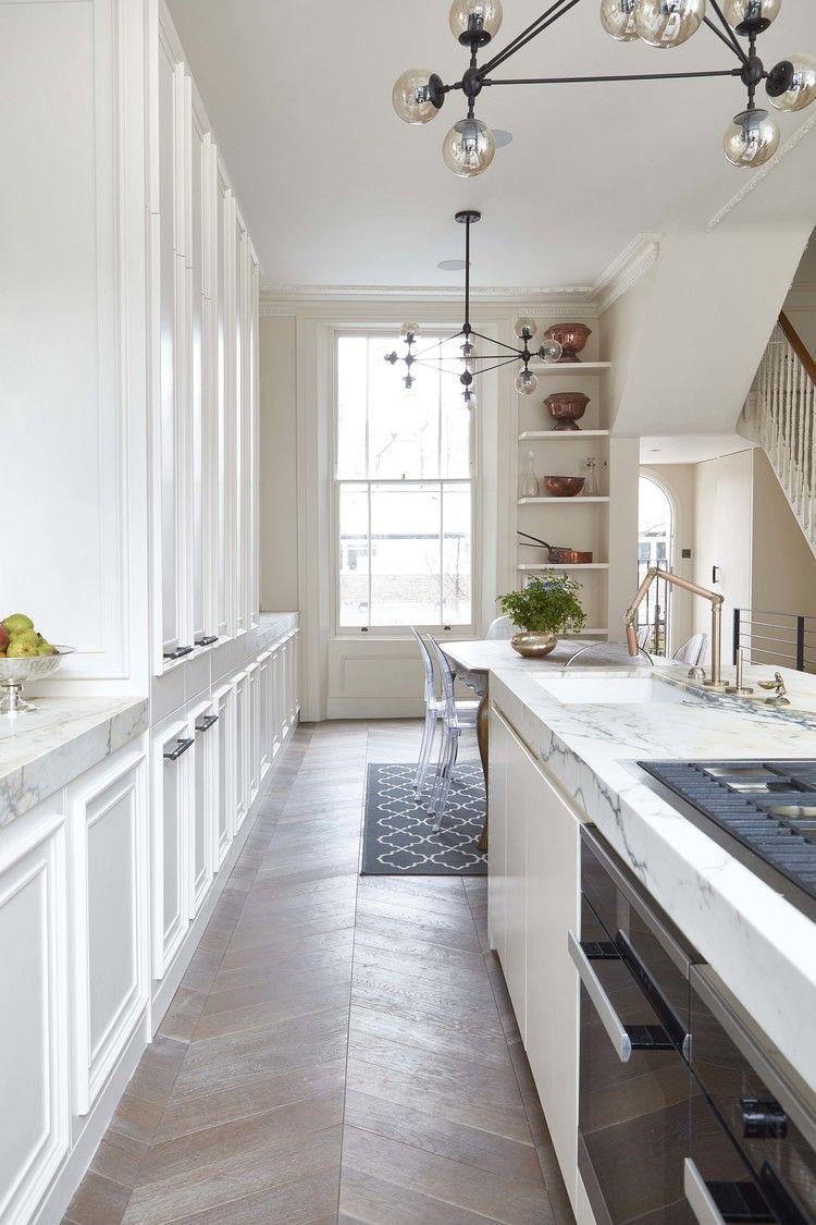 cucina con piano in marmo bianco stile elegante e ...