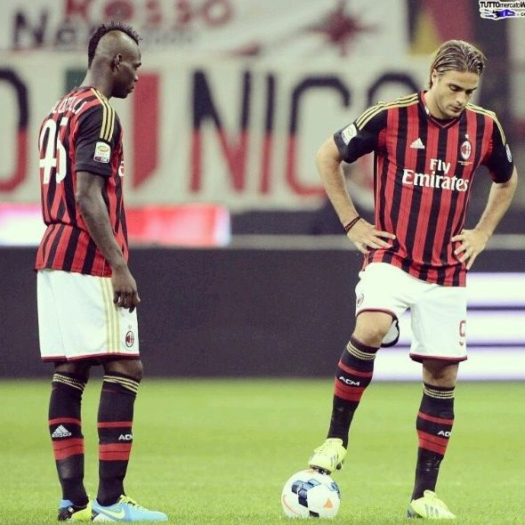 Matri and Balotelli AC Milan --> The Looser Player.. Come on guys.. You are Milan Player.. You must create a lot of goal..