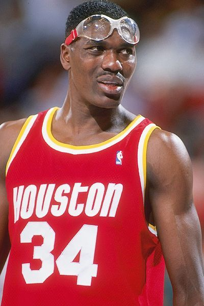 c003843b301 Hakeem Olajuwon one of the best centers of all time