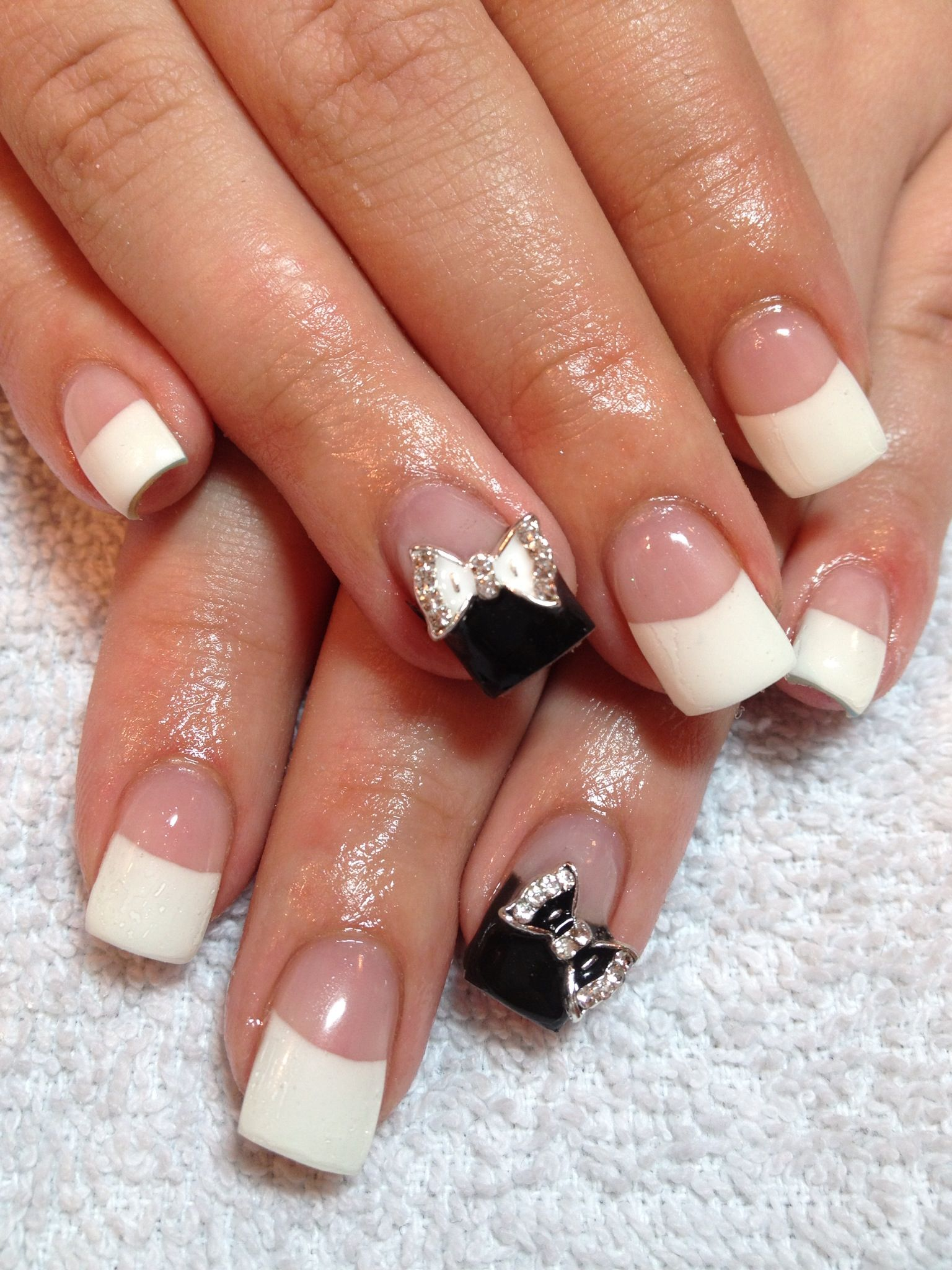 ♥ Elegant French Manicure with Black Manicure & Bow Gem Accent Gel ...