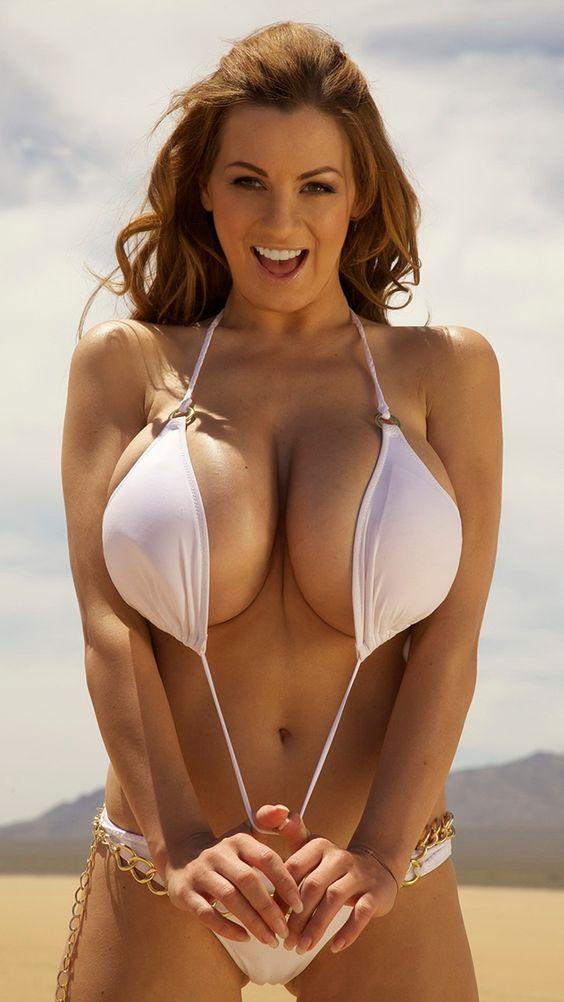 Big mature naughty tit
