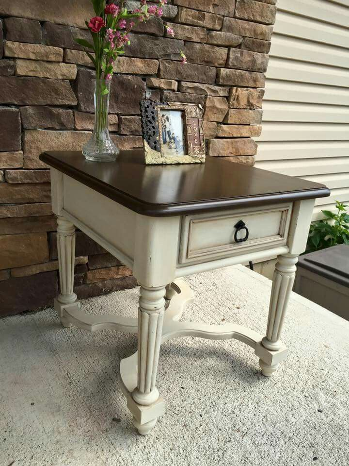 Beautiful French Provincial End Table Slightly Distressed The Top Was Enhanced With A Gorg Chalk Paint Furniture Diy Painting Furniture Diy Painted End Tables