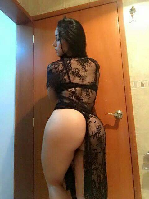 Sexy Latinas With Big Booty