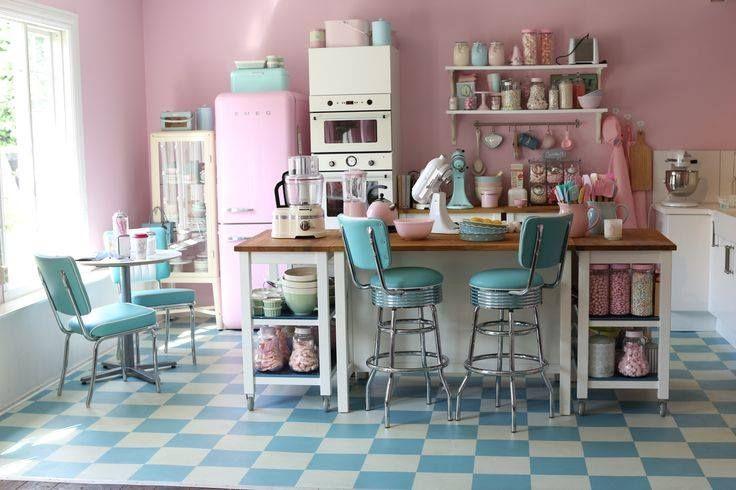 SailerAhoi Retroküchen, Ladeninneneinrichtung, Pastell küche