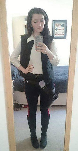 What you should be wearing to watch Star Wars in theaters!  sc 1 st  Pinterest & 17 Star Wars Costumes That Are So Easy Itu0027s Ridiculous | Watch star ...