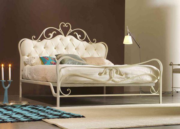 Letto in ferro battuto gavino cod csgav marca gavino letto in ferro battuto completo di - Migliore marca di piumini da letto ...
