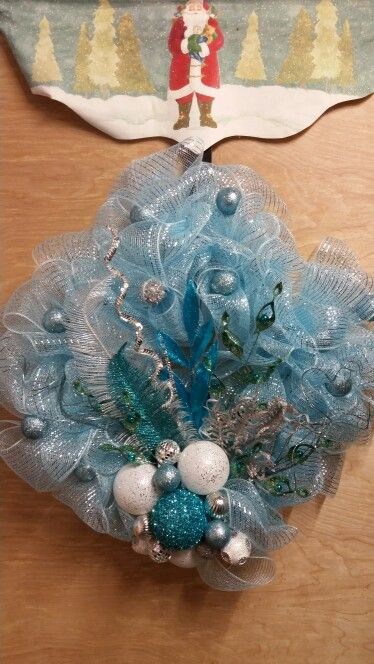 "A ""Frozen"" inspired wreath by ChristineVCreations on Etsy"