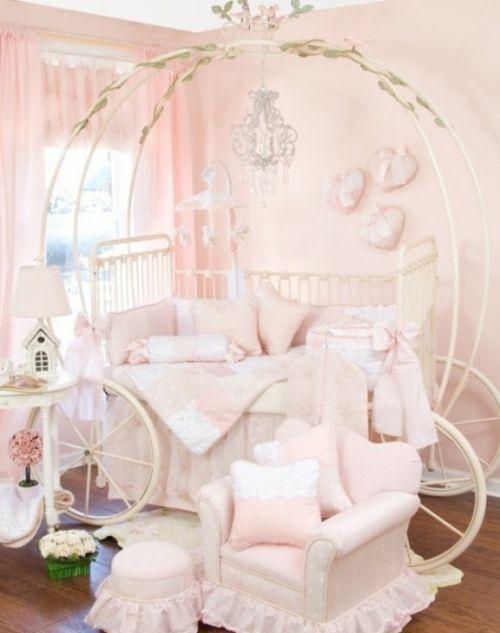 pastellfarben kutschenbett im kinderzimmer idee design mädchen - babyzimmer sterne photo