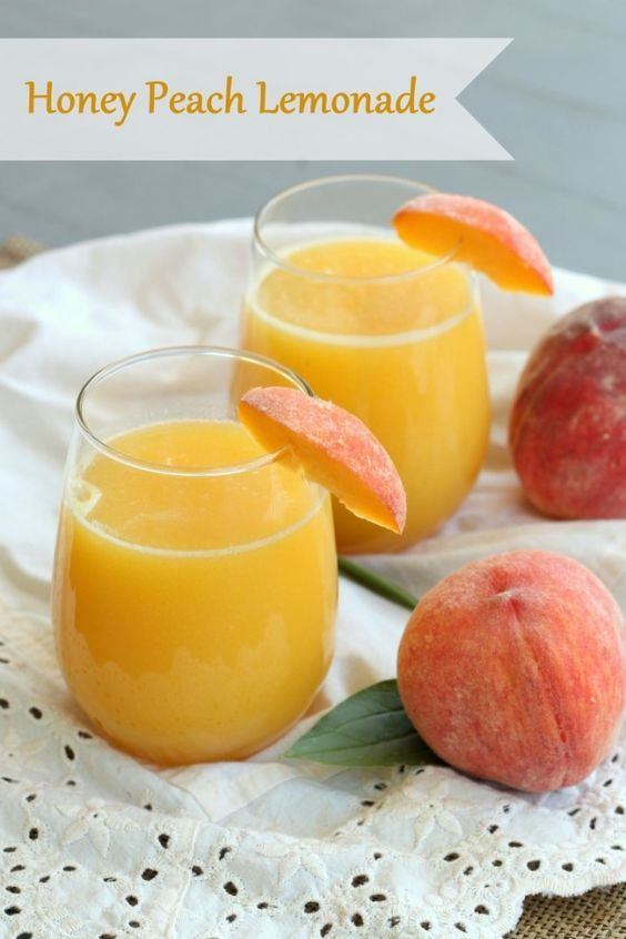 5 minutes, 4 ingredients and a blender is all you need to make this refreshing honey peach lemonade.
