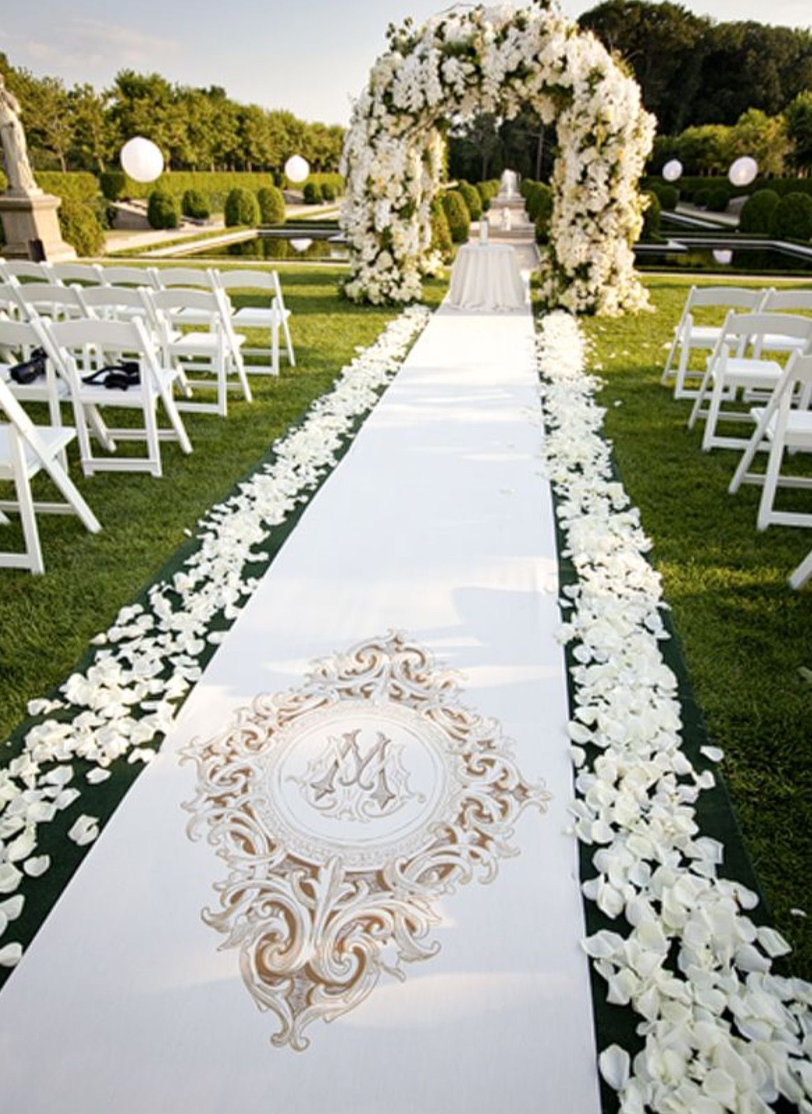 Pin By Cass Patt On Wedding In 2018 Decoration Mariage Mariage