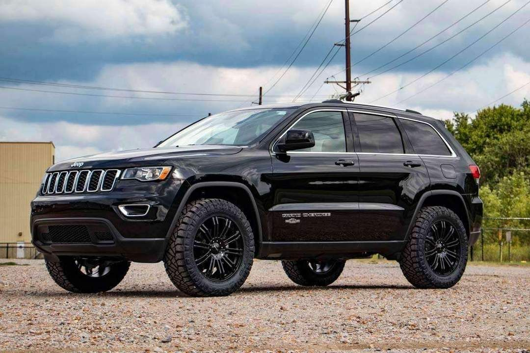Want To Increase The Ride Height Of Your Jeep Grand Cherokee Wk2 Get The Aggressive G Jeep Grand Cherokee Lifted Jeep Cherokee Jeep Grand Cherokee Accessories
