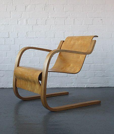 Alvar aalto 31 chair finmar modern room 20th century for Chaise 66 alvar aalto