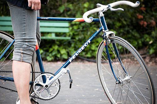 peugeot fixie lets go bicycle peugeot bike bicycle. Black Bedroom Furniture Sets. Home Design Ideas