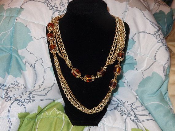 Pretty goldtone Necklace marked Coventry