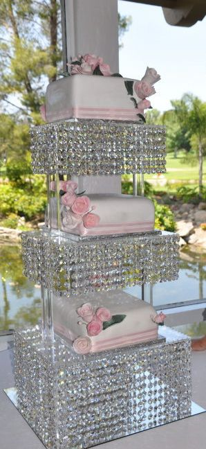 CRYSTAL CAKE STAND Maybe Just One Layer On The Bottom With A - Cupcake chandelier stand crystals