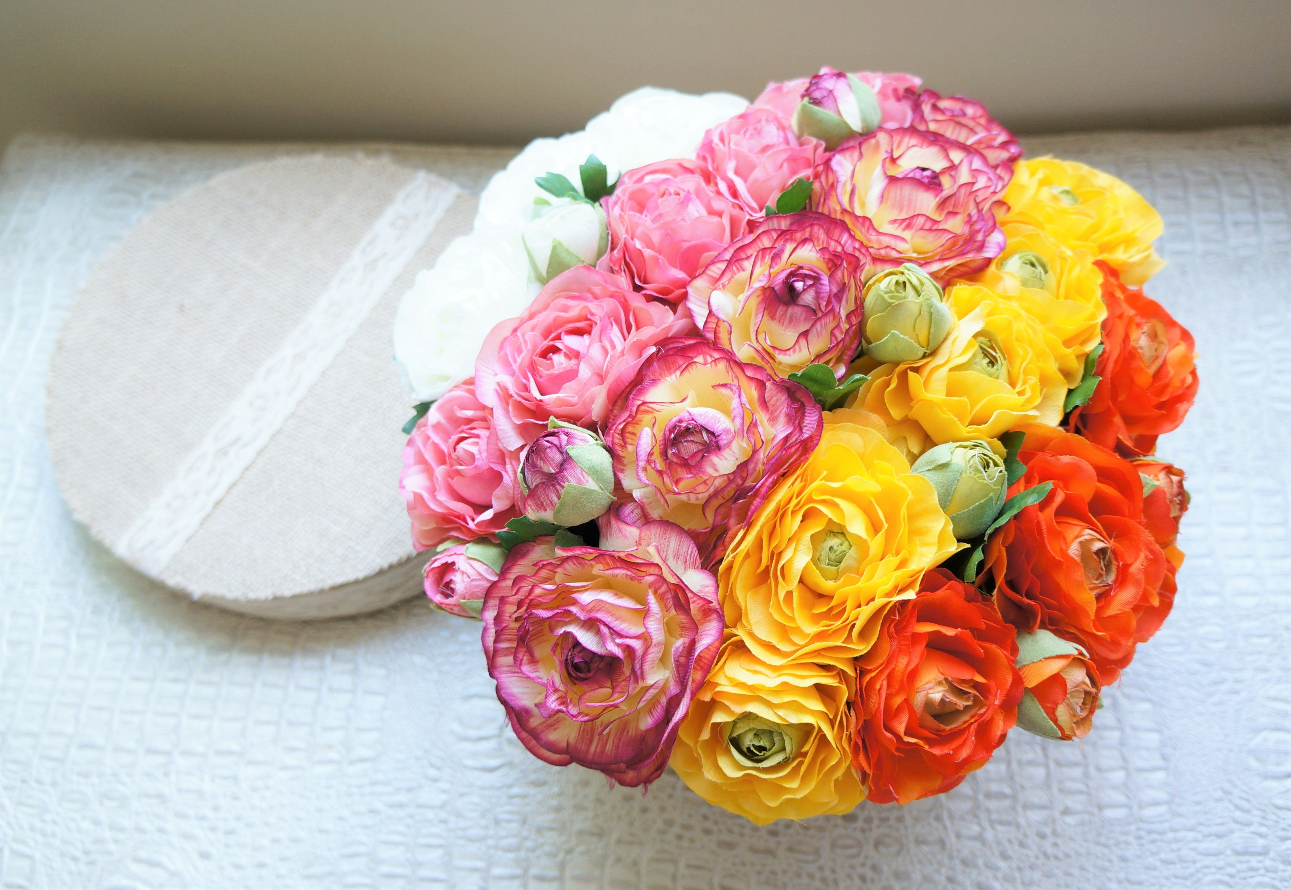 Introducing The Famous Flower Box Created With High Quality Silk