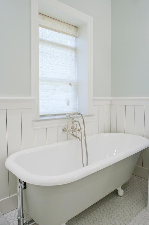 Source Tiek Built Homes Beautiful Vintage Clawfoot Tub Wall