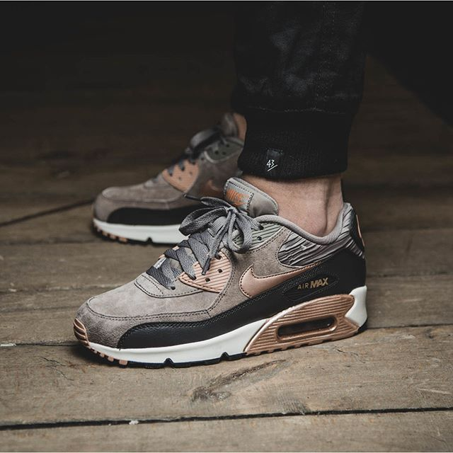 quality design 14699 ab01d These are the best selling shoes in this year.Come and see if your love  shoes… Nike air max 90 s ...