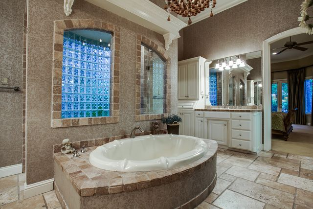I M Thinking Walk In Shower Behind Tub Luxury House Interior