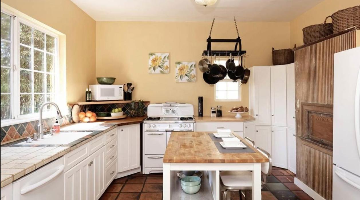 Kitchen In West Oakland Kitchen Cabinets Kitchen Little Houses