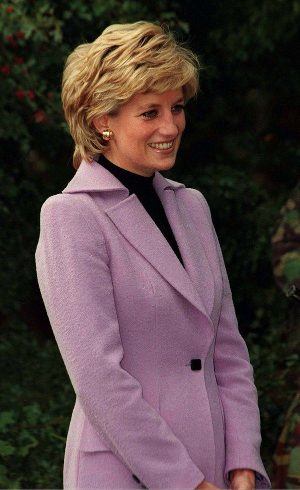 20 Photos of Princess Diana, Natural Beauty #princessdiana
