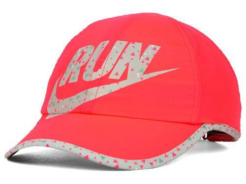 Nike Womens Run Featherlight Cap Hats