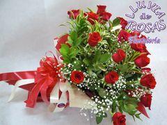 Lindo arreglo floral en rosas de exportación