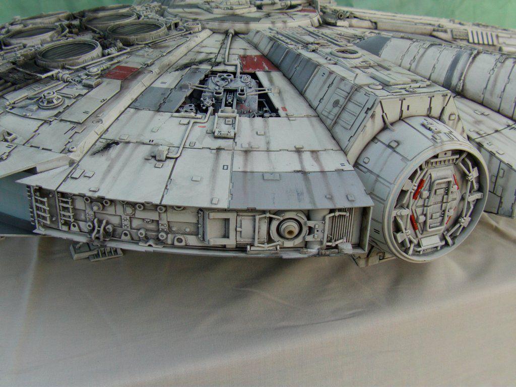 Deagostini 'Build The Millennium Falcon' Out Of The Box