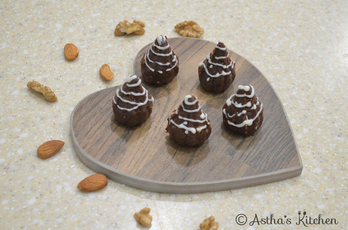 chocolate dryfruit modak astha s kitchen dessert recipes desserts chocolate on hebbar s kitchen modak recipe id=59058
