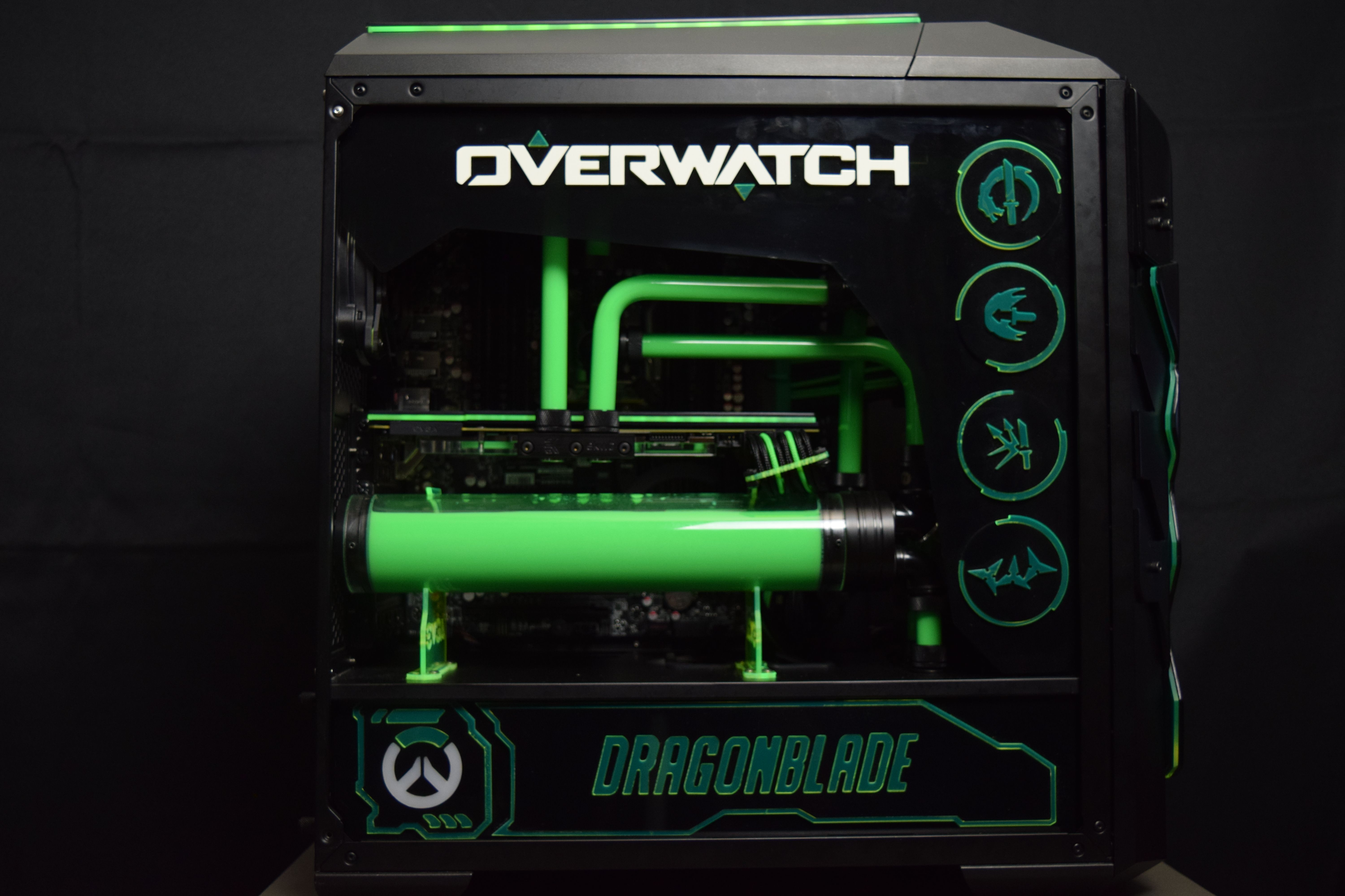 Overwatch Inspired Case Mod Is Using A Mastercase Pro 5 This Diy Tower Pc Mod Is A Great Example Of How Liquid Coo Cooler Master Diy Computer Case Tower Games