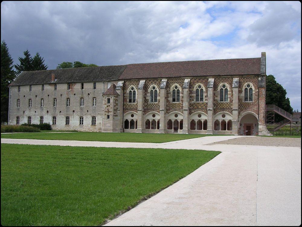 abbaye de citeaux-bibliotheque