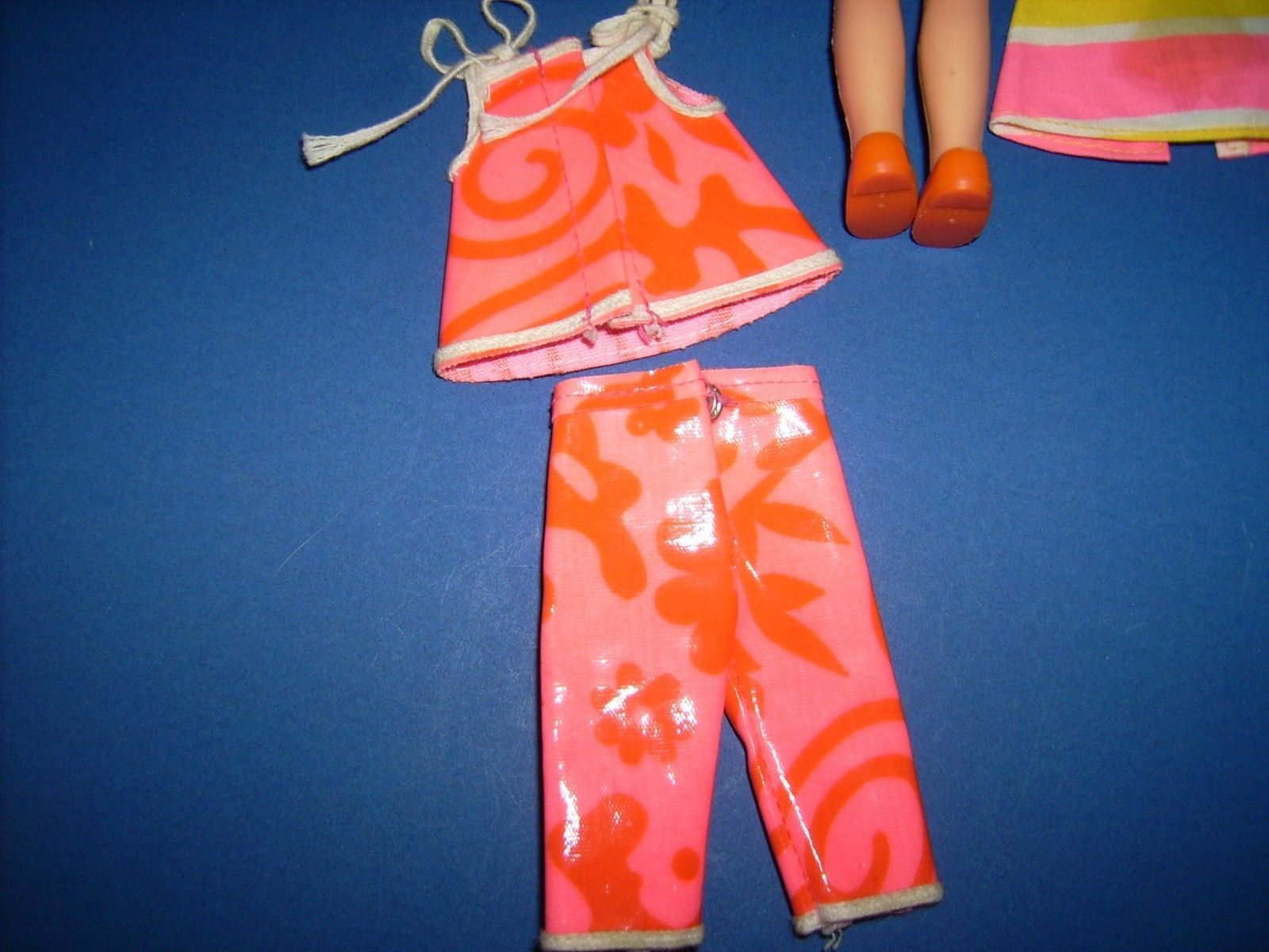 Tutti chris fun timers outfit sears exclusive 1967 doll clothes tutti chris fun timers outfit sears exclusive 1967 doll clothes 3301 vtg barbie ebay publicscrutiny Choice Image