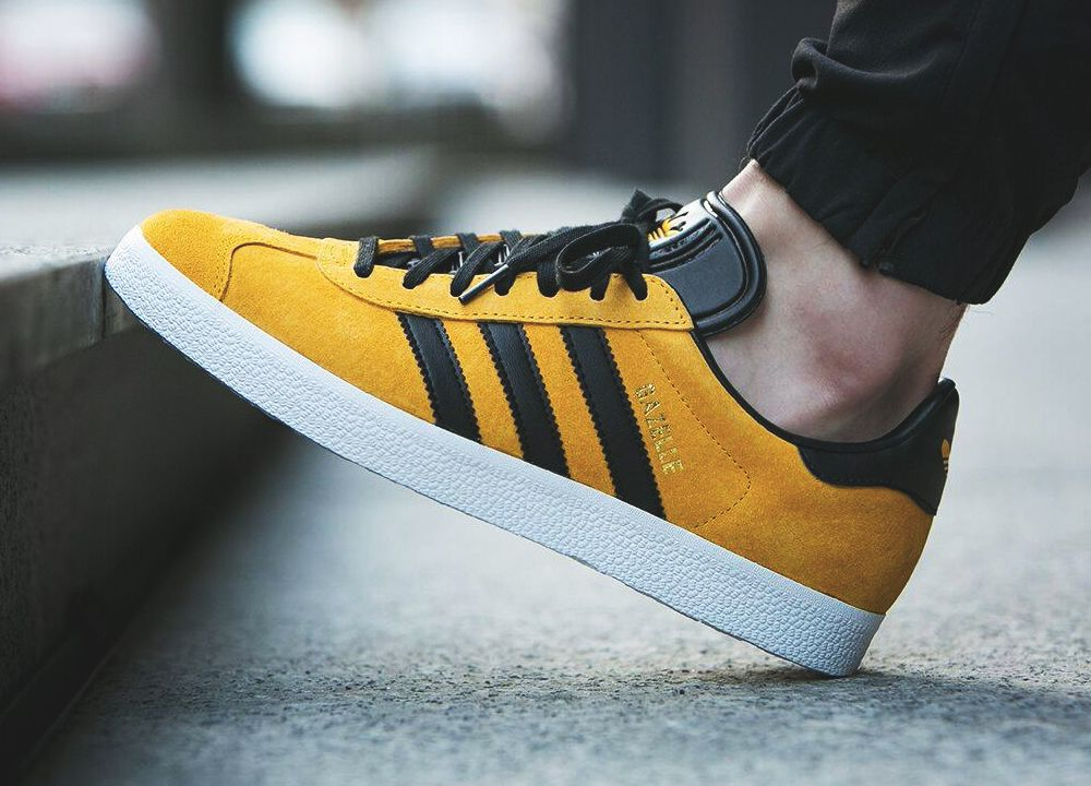 Adidas Gazelle - Collegiate Gold Black - 2016 (by worldbox) Buy it here   Caliroots   Sneakersnstuff   ASOS   Pro Direct Select   End Clothing b9346a959666