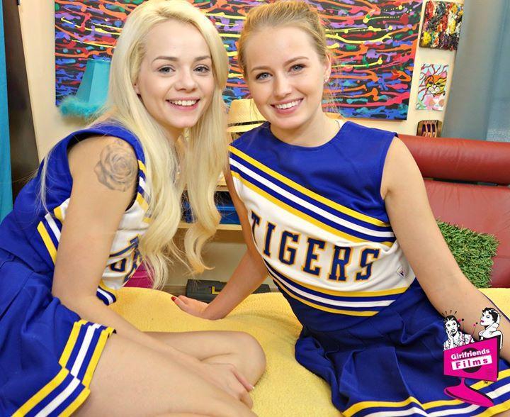 elsa jean cheerleader