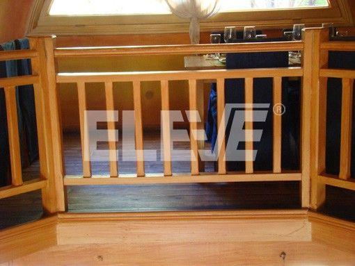 Baranda de madera de l neas rectas proyectos que Balcones madera exterior