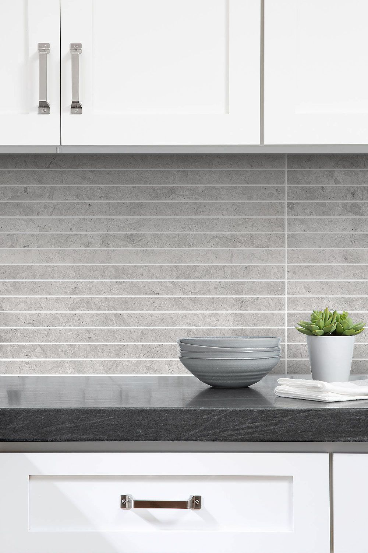 Download Wallpaper Grey And White Kitchen Backsplash Tiles