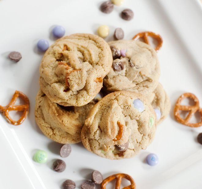 Yummy pretzels cookies