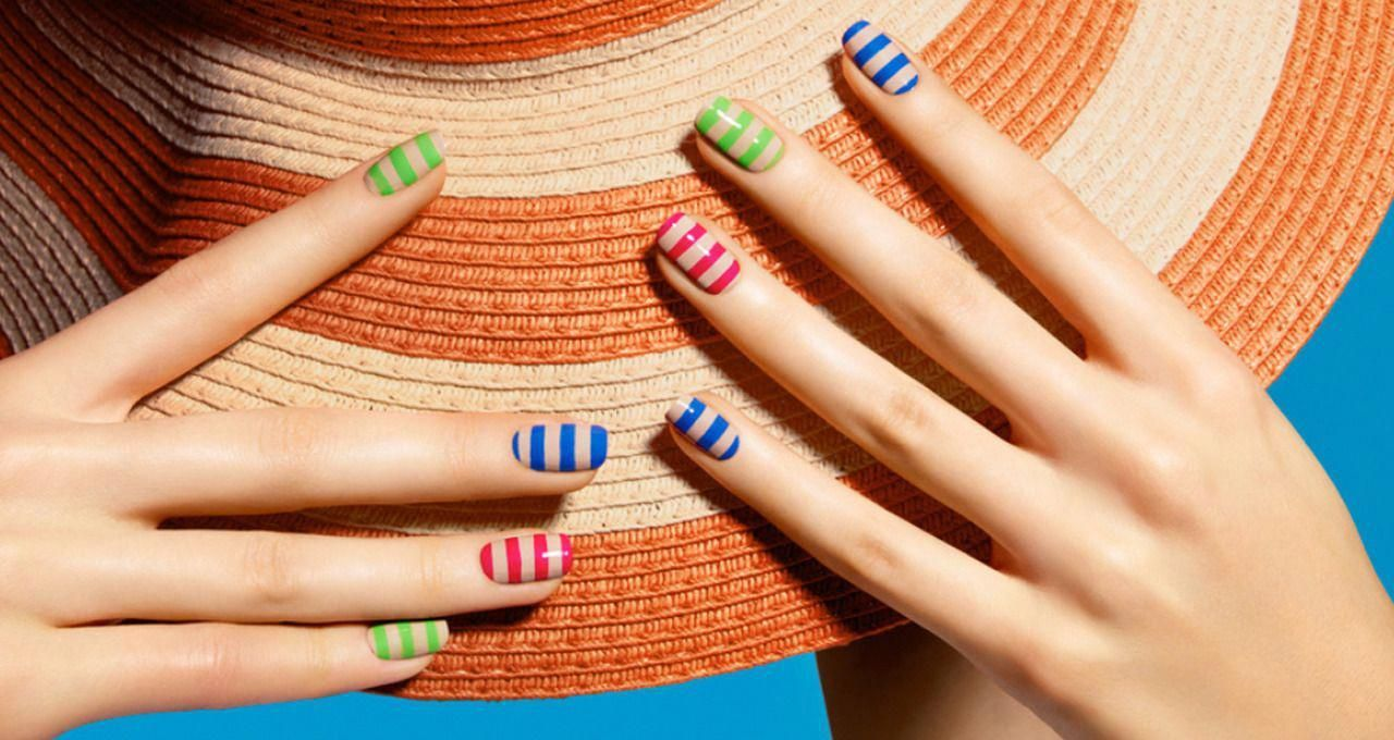 THE TIP-OFF: THE TAN LINES MANICURE Learn how to catch some sun-safe rays with this foolproof nail t... - #catch #foolproof #learn #lines #manicure - #SideDoorBlinds