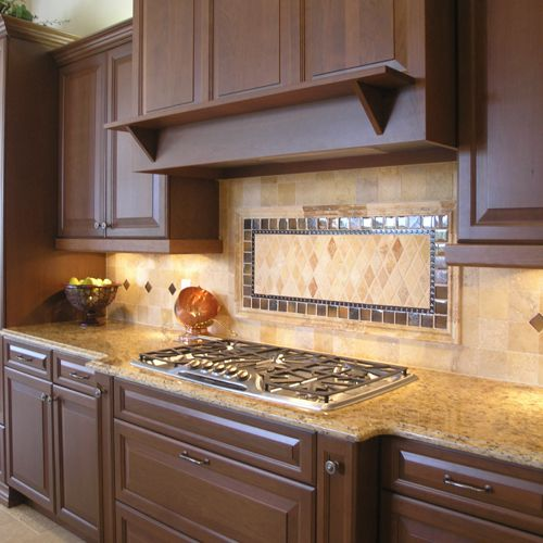 Patterned Kitchen Backsplash Designs With Brown Kitchen Cabinets